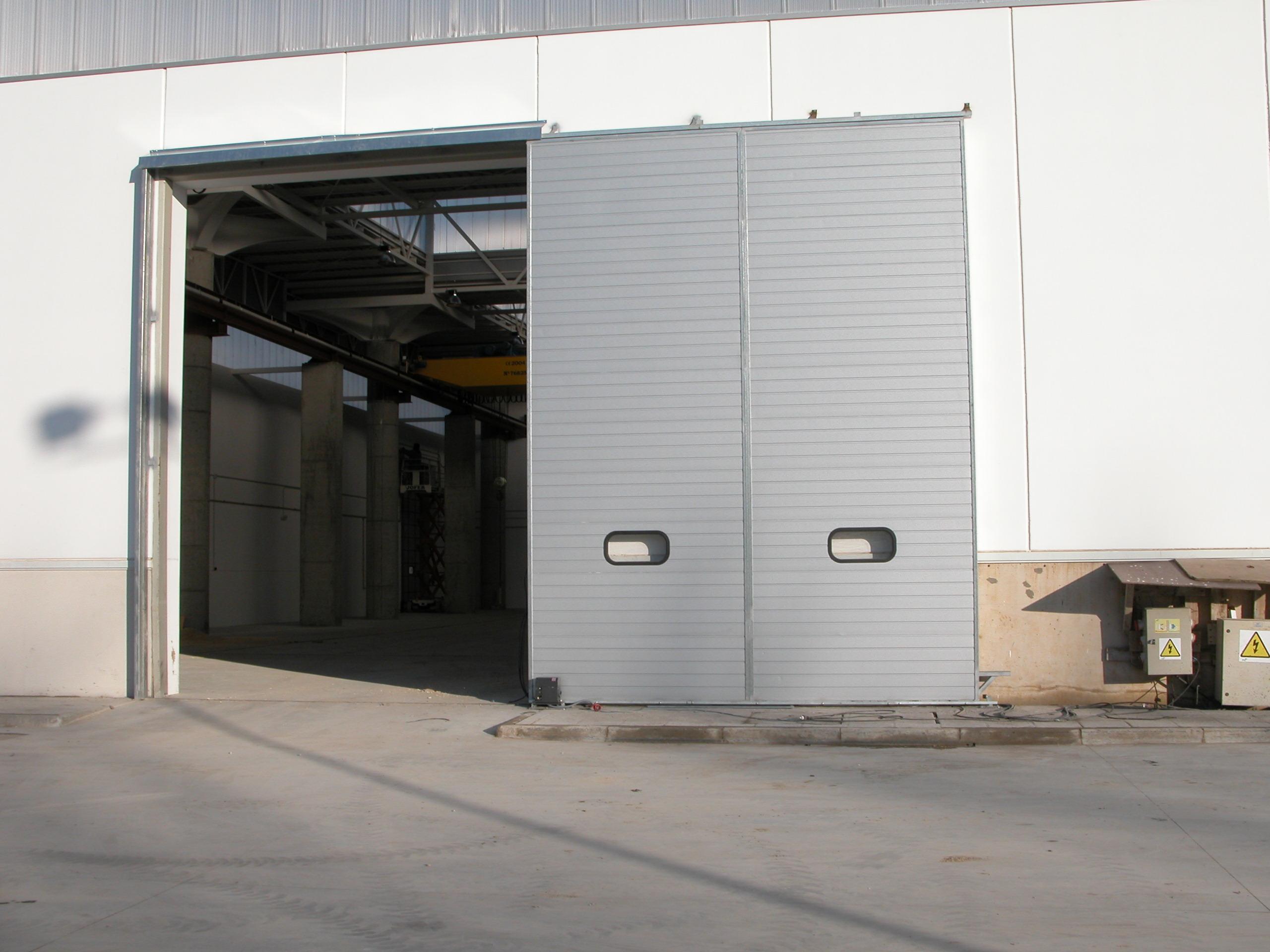 Puertas correderas puertas y automatismos m luque for Automatismo puerta corredera