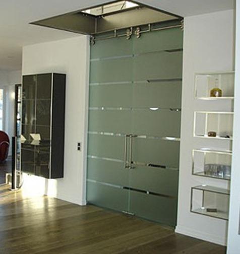 Puertas de cristal puertas y automatismos m luque for Puertas interiores de aluminio y cristal
