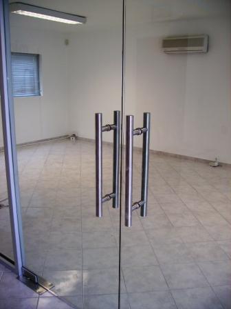 Puertas de cristal puertas y automatismos m luque for Puerta cristal templado